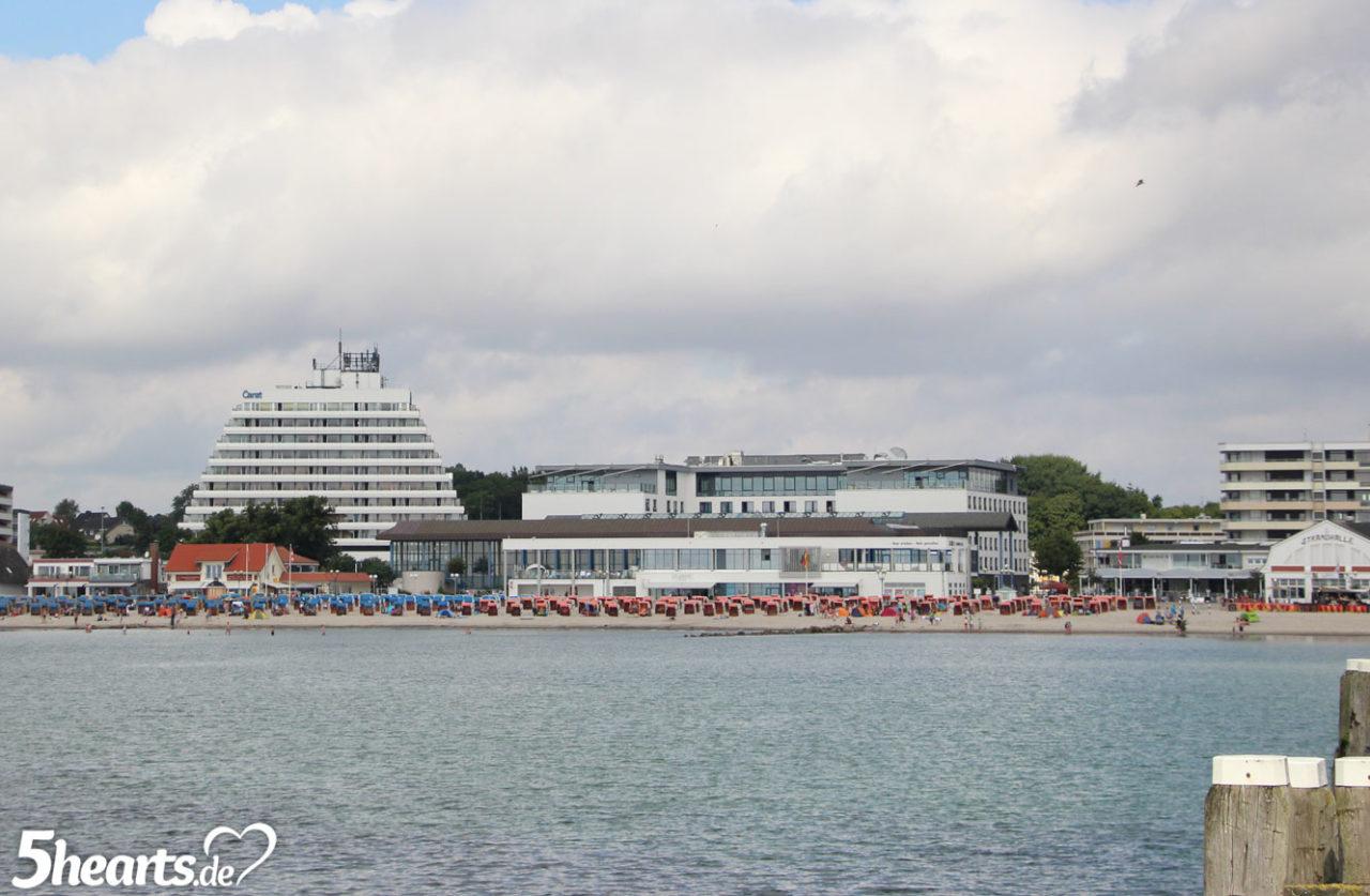 Urlaub mit Baby - im Hotel an der Oststee - Strandpromenade